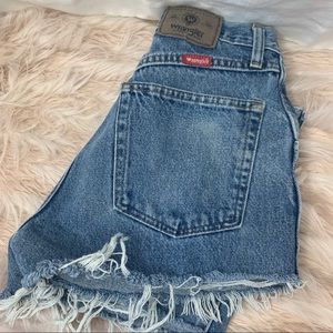 Wrangler Shorts - Vintage High Waist Red Tab Wrangler Jean Shorts!